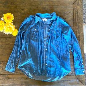 LOFT Soft Button-Up Shirt